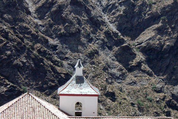 Terraos e Iglesia de Busquístar