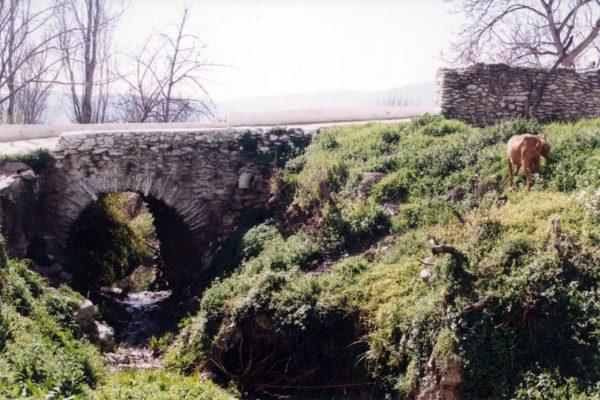 Puente medieval de Válor